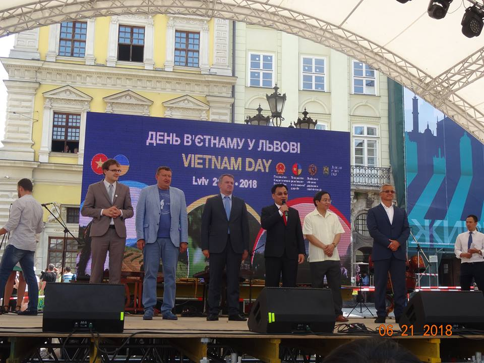 Đại sứ quán Việt Nam tại Ukraina tổ chức