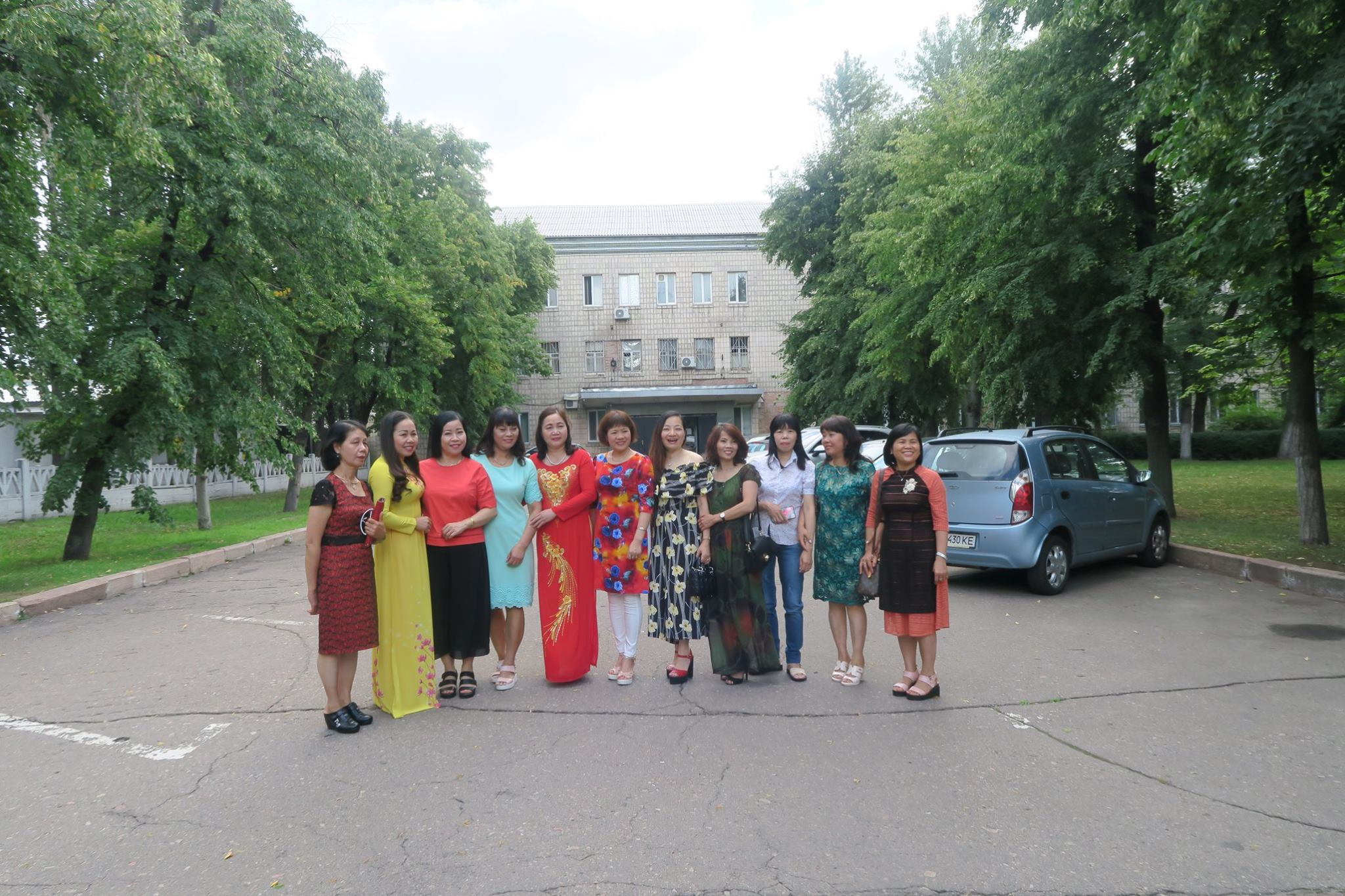 Phóng sự ảnh: Kỷ niệm 30 năm nhà máy dệt Darnitsa thủ đô Kiev, Ukraina