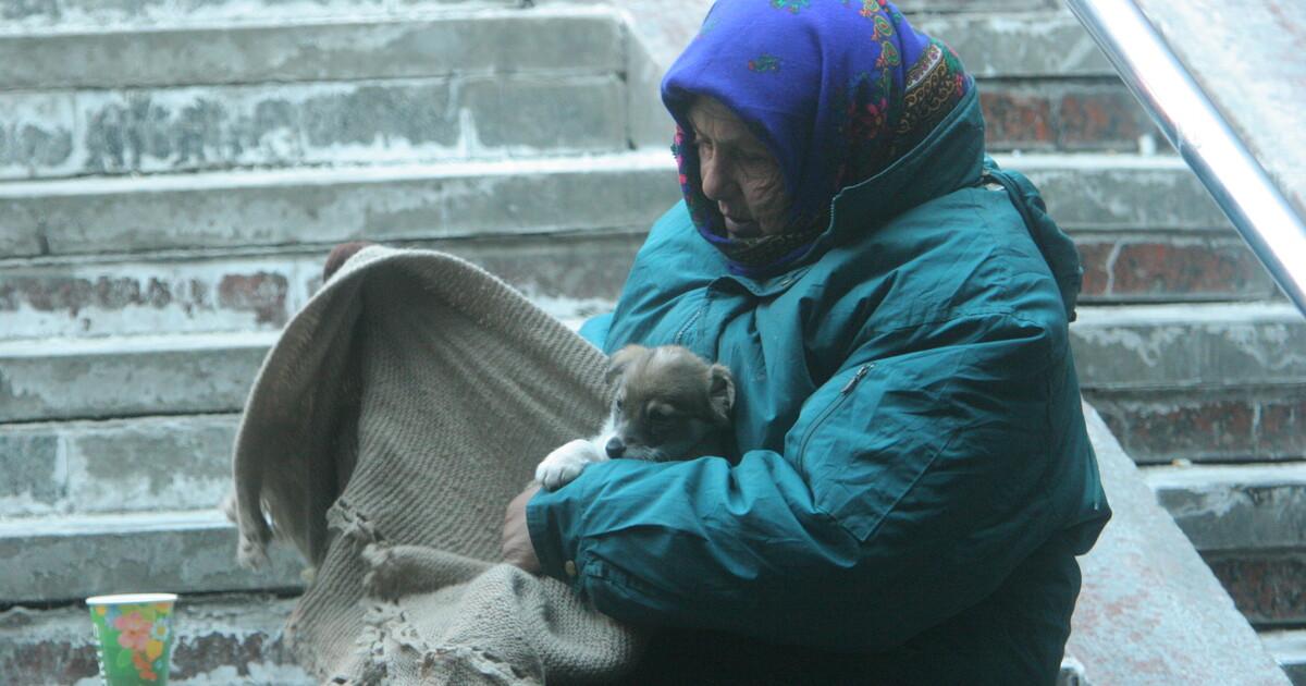 Tại Ukraine có bao nhiêu người nghèo đói và những người nào có nguy cơ cao trở thành người nghèo đói?